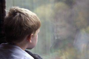 Ausschlussdiagnosen Junge am Fenster